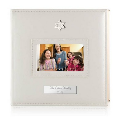Personalized White 4x6 Photo Album with Silver Star of David