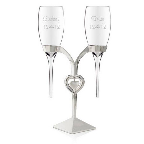 Flutes on Heart Charm Stand
